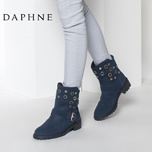 Daphne/达芙妮冬季低跟圆头金属装饰皮带扣套筒短靴