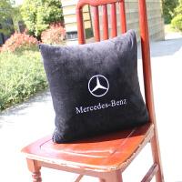奔驰汽车抱枕被 车载内饰家用休息空调毛毯 品牌毛绒折叠收纳靠垫 黑色