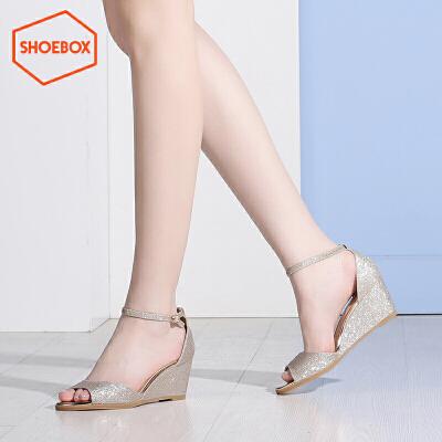 达芙妮旗下shoebox鞋柜夏季新性感鱼嘴凉鞋一字扣带休闲坡跟女鞋