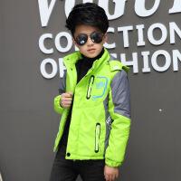 新款男童秋冬装冲锋衣外套中大童装加绒加厚运动风衣