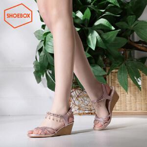 达芙妮旗下SHOEBOX/鞋柜夏新款中跟亮片水钻吊坠脚链女鞋坡跟凉鞋