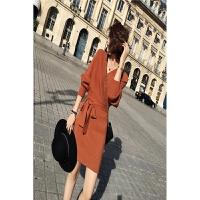 韩版秋冬连衣裙新款V领蝙蝠袖针织裙毛衣气质女大码女装