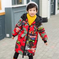 时尚街头风男童图案手塞棉中小童潮流中长款加厚连帽棉衣