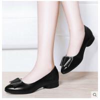 古奇天伦春季新款真皮软底舒适一脚蹬女鞋尖头单鞋妈妈鞋中跟粗跟皮鞋JI03370