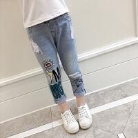 女童牛仔裤春装新款韩版中大儿童女孩宝宝宽松印花破洞长裤子