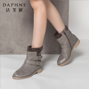 达芙妮冬季女靴英伦潮休闲圆头双皮带扣毛绒内里平底女鞋短靴女