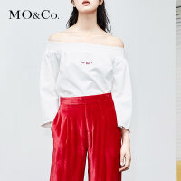 MOCO夏季新品一字肩刺绣字母标语上衣 摩安珂