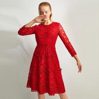 4.6到手价299丨红袖冬季2019新款女装 丝绒蝴蝶结收腰圆领蕾丝连衣裙
