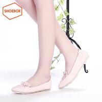 达芙妮集团 鞋柜韩版尖头小清新蝴蝶女鞋结柔软舒适单鞋