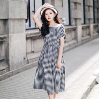 2018夏季新款韩版连衣裙女装黑白格子一字领收腰显瘦学生过膝长裙 黑白格