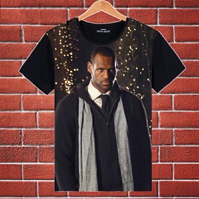 夏装篮球球星骑士詹姆斯詹皇小皇帝3D短袖T恤球衣詹姆斯球衣 发货周期:一般在付款后2-90天左右发货,具体发货时间请以与客服协商的时间为准