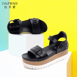 Daphne/达芙妮女鞋夏季时尚撞色松糕鞋扣带高跟厚底女凉鞋-