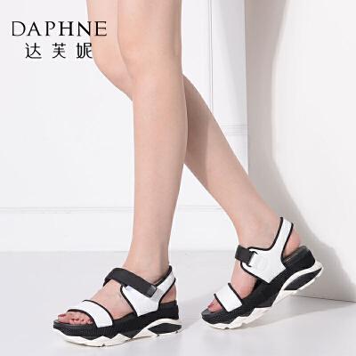 Daphne/达芙妮vivifleurs撞色运动厚底松糕平底女凉鞋