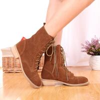伊贝拉(YI-BELLA)秋季新款女靴真皮磨砂皮虎眼扣侧拉链系带韩版英伦中筒靴平底中跟马丁靴