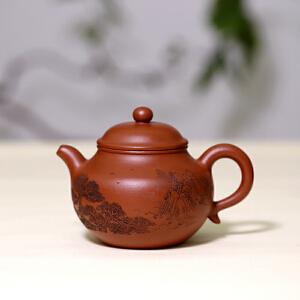 宜兴紫砂茶壶 粗砂朱泥莲子 助工李宝亮刻 工艺美术员蒋敏芝制