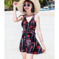 游泳衣简约女保守新款显瘦遮肚时尚性感韩国连体裙式平角温泉泳装