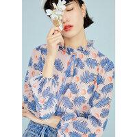 太平鸟女装2019春植物花卉印花荷叶边领口绑带上衣女灯笼袖T恤女