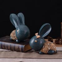 复古天鹅摆件客厅装饰品结婚礼物树脂一对兔子创意家居摆设玄关