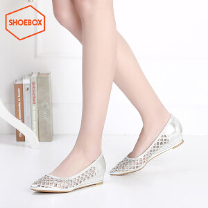 达芙妮旗下SHOEBOX/鞋柜春新款浅口套脚尖头女鞋 镂空低跟女鞋-