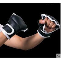 黑白拼接沙袋泰拳套半指拳击手套散打格斗拳套搏击训练拳击套