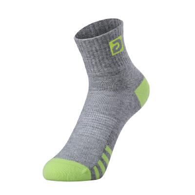 etto英途秋冬款男士运动袜足球训练袜中筒短袜SO104
