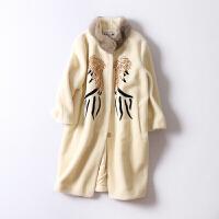 拼貂羊剪绒大衣女冬装新款 韩版立领中长款刺绣皮草外套