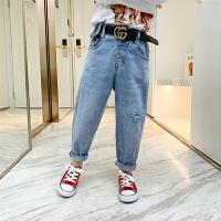 女童牛仔裤儿童时髦休闲宽松破洞长裤子