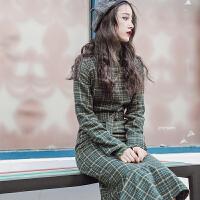 实拍春秋新品富士山下绿色格子毛呢连衣裙复古修身中长款