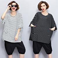 女夏装加肥加大码女装短袖上衣短裤两件套200斤胖mm休闲运动套装