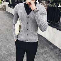 秋冬季韩版V领纯色外套男士修身加厚针织线衫青年保暖毛衣开衫潮