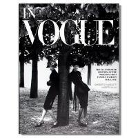 英文原版 In Vogue 《Vogue》杂志经典时尚摄影服装照片回顾Dior大牌潮流时尚服装设计作品书籍