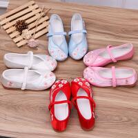 女童绣花鞋中国风汉服宝宝老北京布鞋儿童手工复古公主表演出鞋子