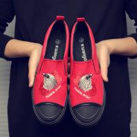 男士帆布鞋刺绣涂鸦学生板鞋鞋子男潮休闲鞋韩版一脚蹬懒人布鞋子 红色 6755