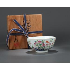 清代粉彩福寿纹碗(日式包装)