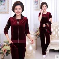 金丝天鹅绒运动套装女 韩版显瘦三件套中老年女装妈妈装丝绒卫衣休闲服