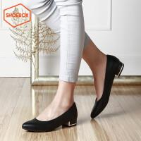 达芙妮集团 鞋柜春季女鞋方跟浅口通勤OL单鞋女尖头低跟鞋