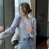 碎花衬衫女2021春装新款韩版洋气泡泡袖上衣百搭显瘦V领长袖衬衣