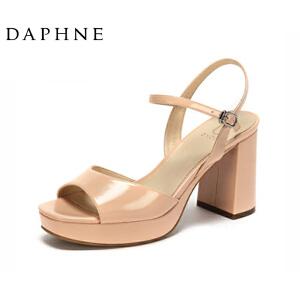 Daphne/达芙妮女鞋 夏季露趾粗高跟露趾防水台优雅时尚女凉鞋-