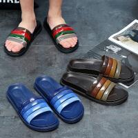 夏季男女士浴室拖鞋夏季室内厚底防滑洗澡家居家用塑料沙滩凉拖鞋