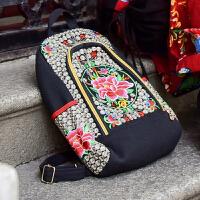 实拍民族风新款双肩包女学生电脑背包帆布刺绣花旅行包包