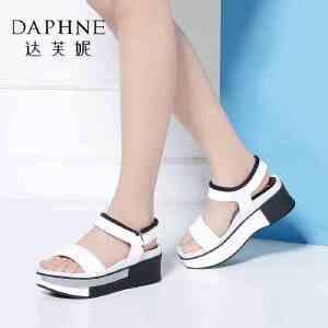 Daphne/达芙妮Vivifleurs夏季女鞋 舒适厚底松糕鞋女凉鞋