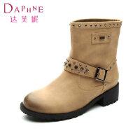 【年终狂欢】达芙妮冬款女鞋 时尚铆钉磨砂皮方根休闲短靴