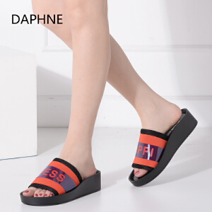Daphne/达芙妮夏新品厚底增高女凉鞋平底亮面拖鞋
