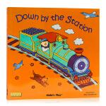 点读版 Down by the Station 轰隆隆火车来啦 洞洞书 韵文童谣 英文原版绘本 平装 Child's