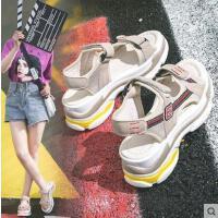 户外新品网红同款运动凉鞋女ins潮平底超火百搭学生厚底韩版罗马鞋
