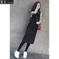 2017冬季韩版高领长袖针织毛衣+收腰毛呢背带连衣裙两件套装 灰色毛衣+黑色背带裙