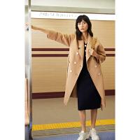 【超值一口�r:699】LILY女�b�赓|�色西�b�I�p排扣系�чL款大衣毛呢外套