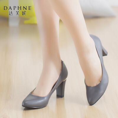 Daphne/达芙妮秋季都市潮流高跟鞋浅口粗跟女单鞋