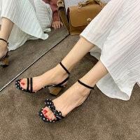 简约仙女粗跟鞋波点一字扣带凉鞋女夏季新款韩版露趾高跟女鞋