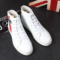 男士休闲板鞋白色韩版内增高高帮皮鞋厚底乐福鞋时尚短靴子刺绣潮